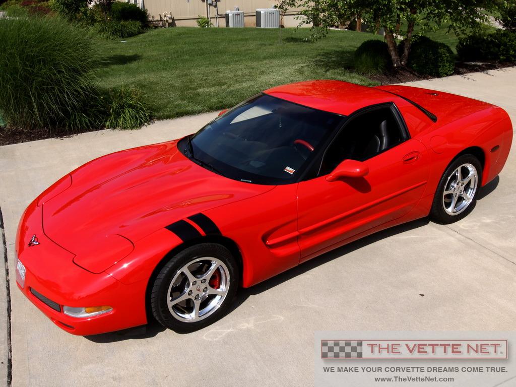 2000 torch red hardtop corvette corvette news. Black Bedroom Furniture Sets. Home Design Ideas
